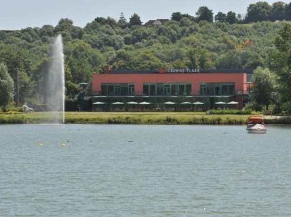 Hotel across the lake