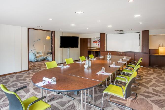 Creating Meeting Space in Marlow